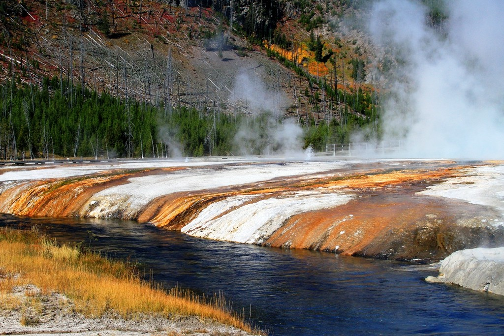 Custom Luxury Tours Of Yellowstone National Park And All The West USA Nationa
